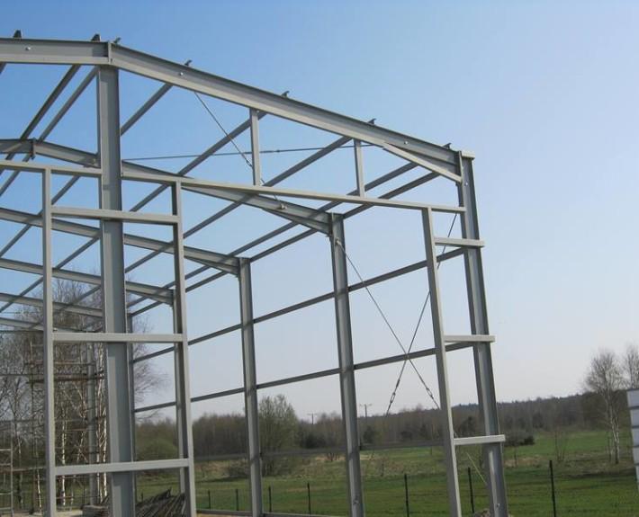 Front konstrukcji stalowej hala garażowa
