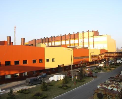 elewacja kompleksu fabrycznego z płyt ściennych REMO