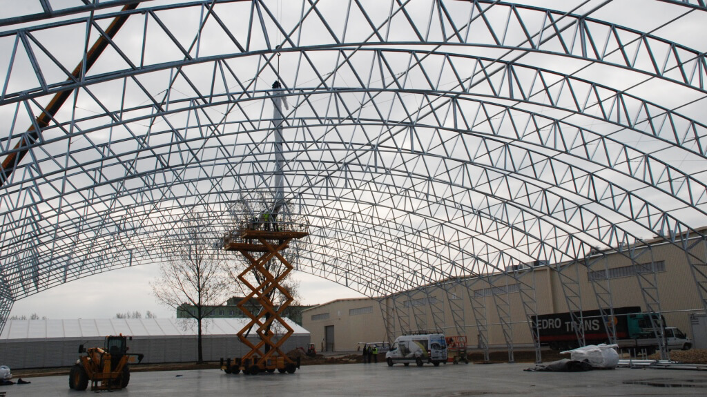 konstrukcja stalowa pod budowę hali